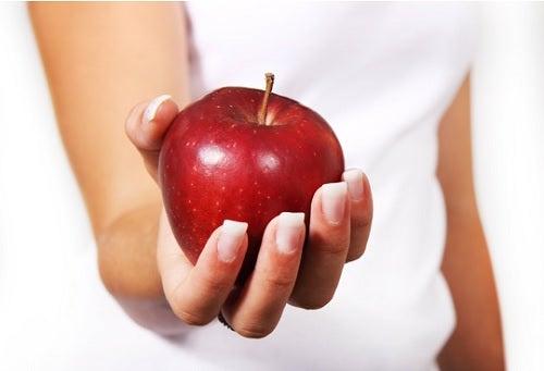 8 snacks saludables que puedes hacer fácilmente