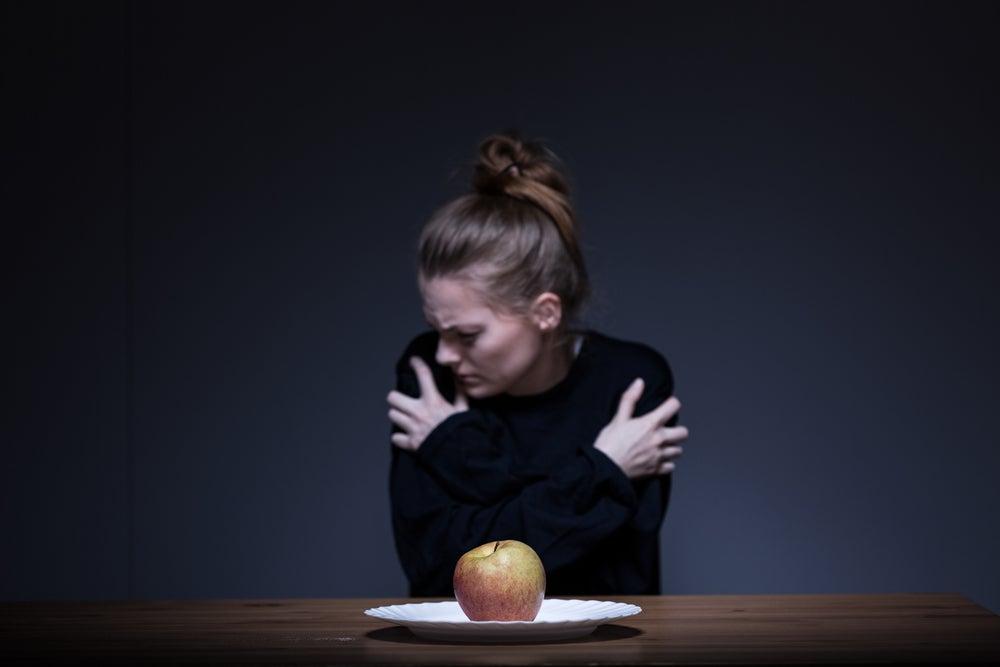 Mujer no quiere comer