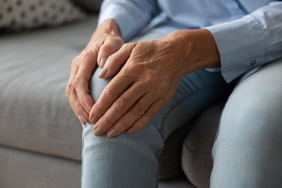 La artrosis es una enfermedad crónica.
