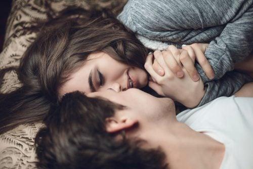 Amor apasionado frente a amor estable