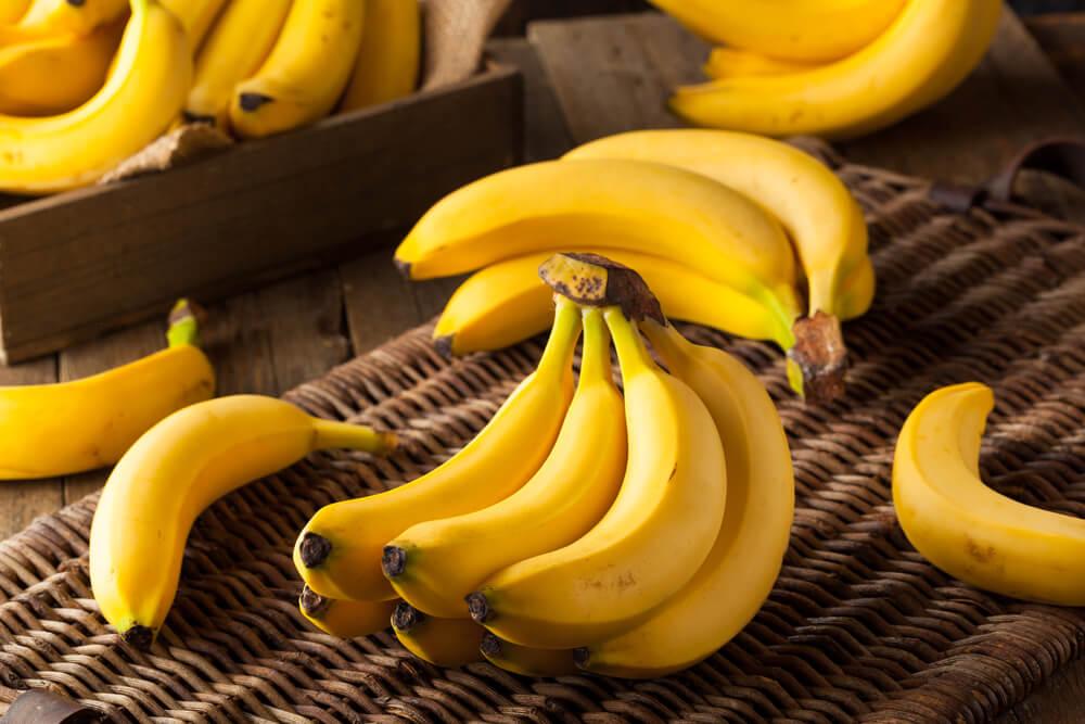 """¿Qué pasará con tu cuerpo si empiezas a comer 2 plátanos al día"""""""