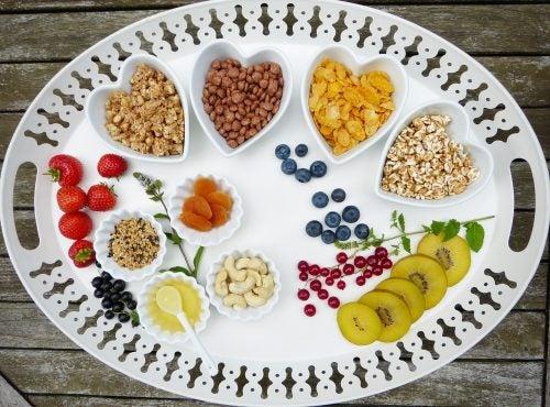 4 tipos de alimentos claves para una dieta sana y equilibrada