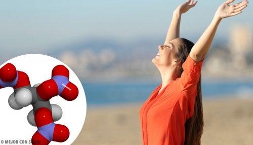 que hace el oxido nitrico en nuestro cuerpo