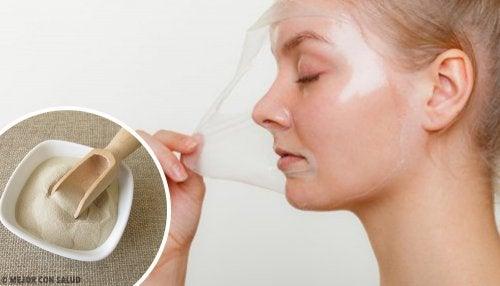 4 mascarillas peel-off con gelatina para revitalizar la piel