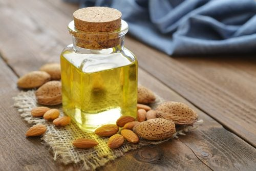 Aceite-de-almendras-y-aceite-de-aguacate