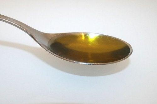 Aceite de parafina para eliminar la cera de los oídos