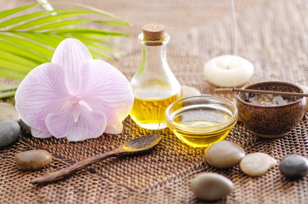 Ajo y aceite de coco para los callos de los pies
