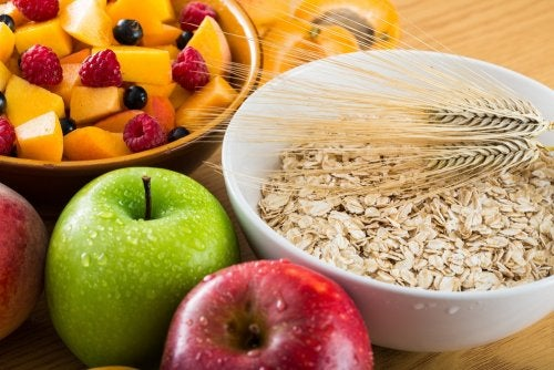 Alimentos con alto contenido de fibra.
