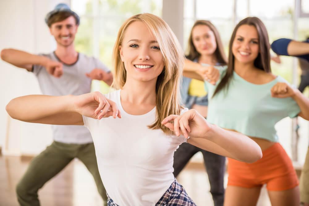 Ventajas de bailar: enseña a trabajar en equipo