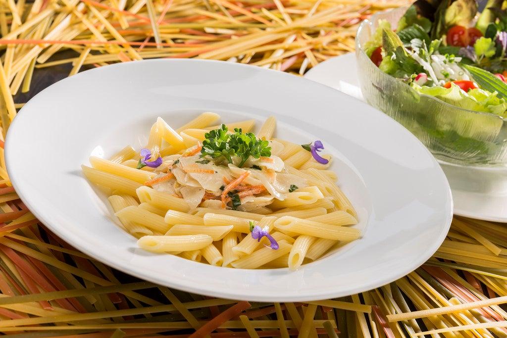 ¿Cómo cocinar una pasta más cremosa sin crema ni queso?