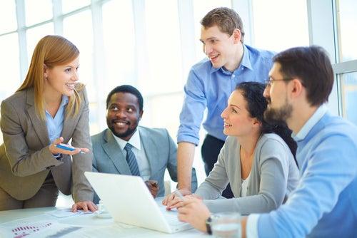 Cómo mejorar la relación con los compañeros de trabajo