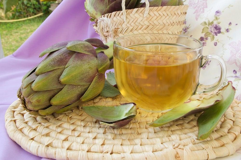 Cómo preparar té de alcachofas y cola de caballo