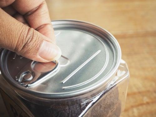 Cualquier cosa en una lata