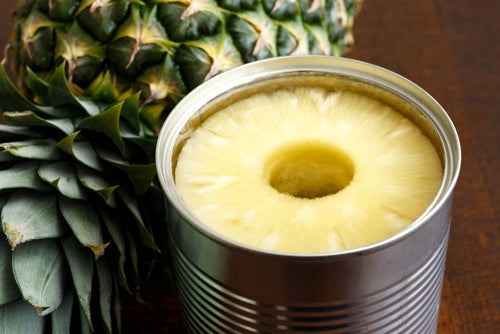 Fruta enlatada o deshidratada