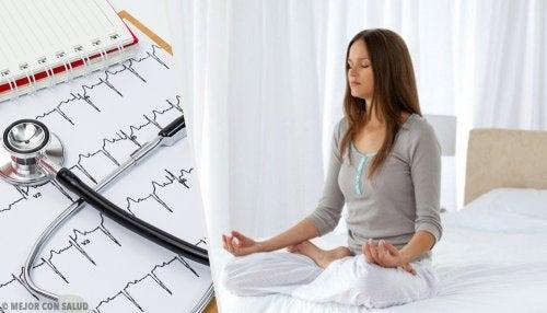 Hacer meditación ayuda a tener un corazón más sano
