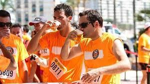 Conoce las propiedad de ingerir cerveza en deportistas