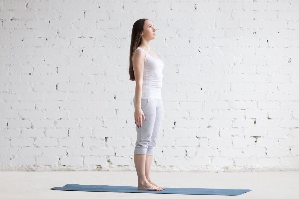 Yoga para principiantes: postura de la montaña