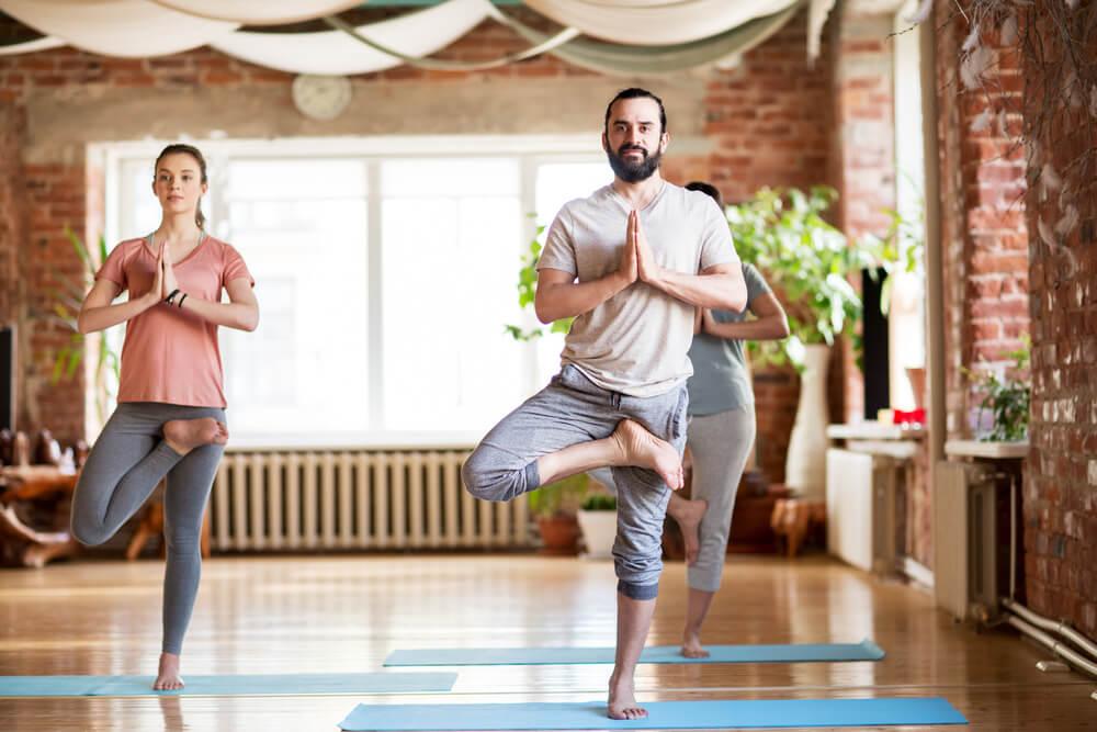 Yoga para principiantes: postura del árbol