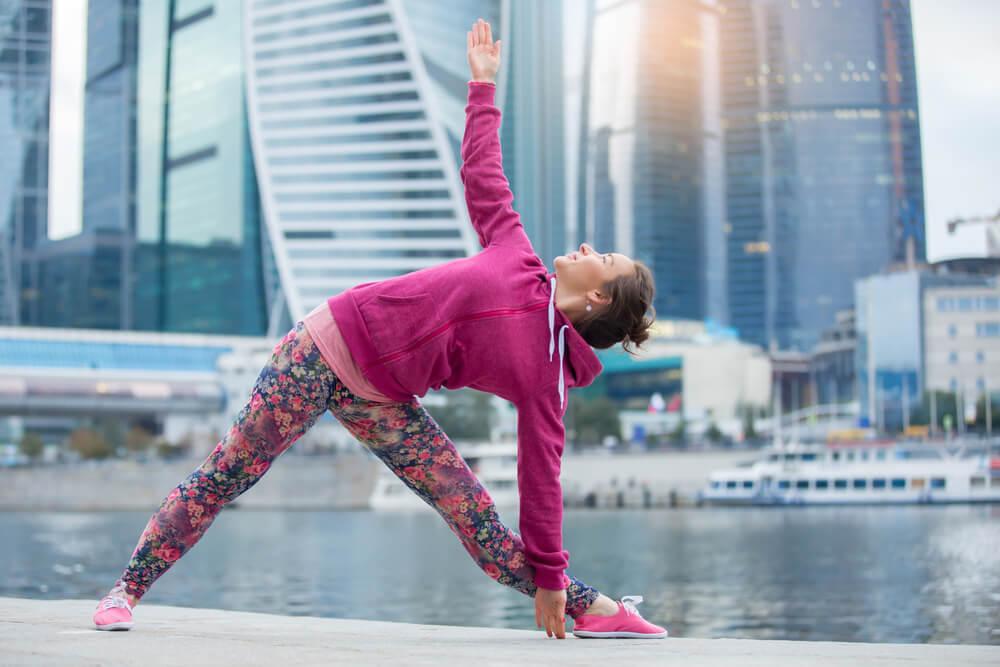 Yoga para principiantes: postura del triángulo