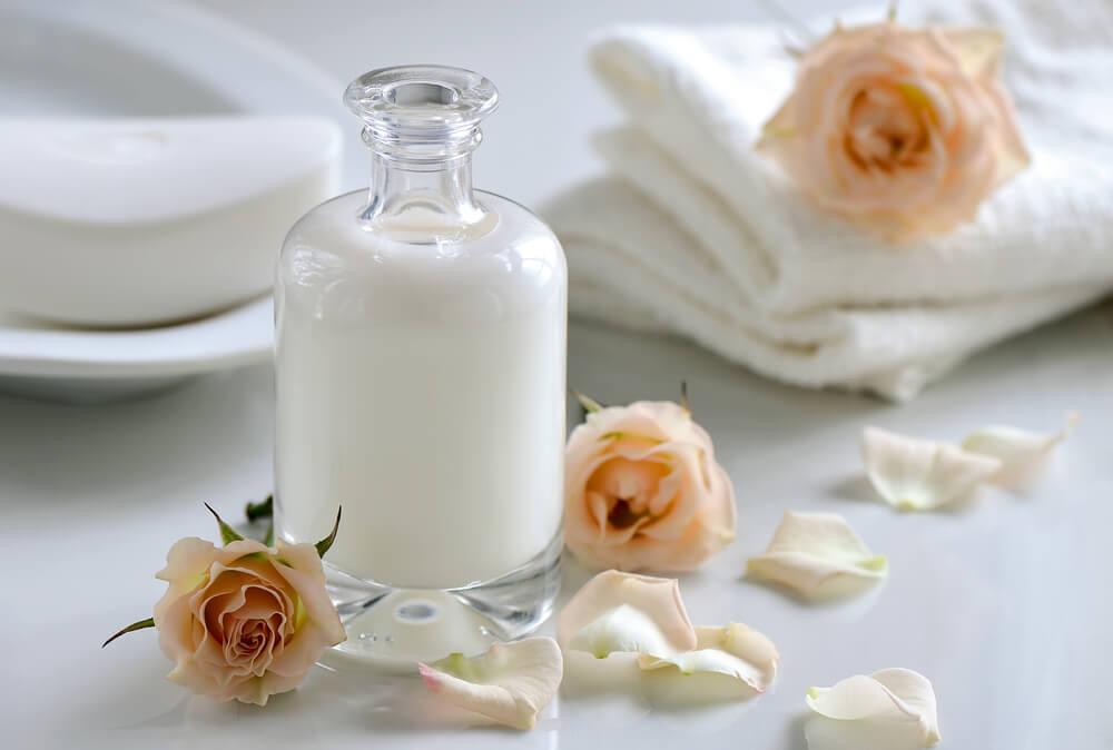 La leche es un ingrediente que ayuda a cuidar los tejidos