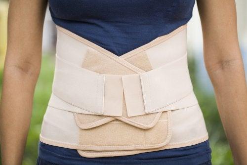 Las fajas sirven para adelgazar la cintura