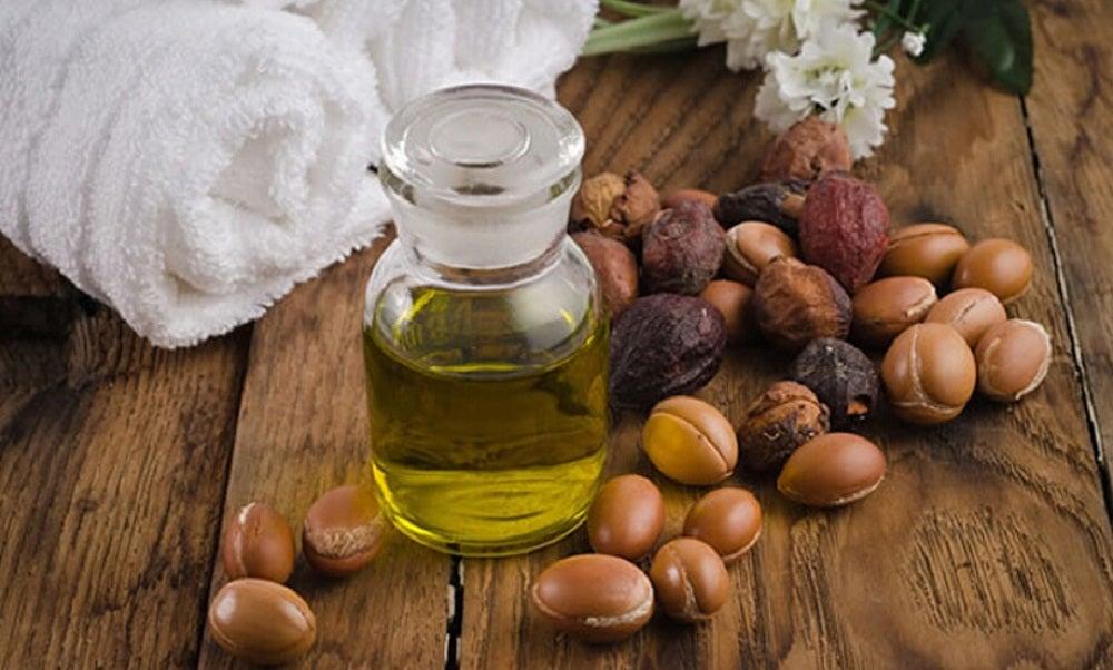aceite de jojoba para embellecer tus pestañas