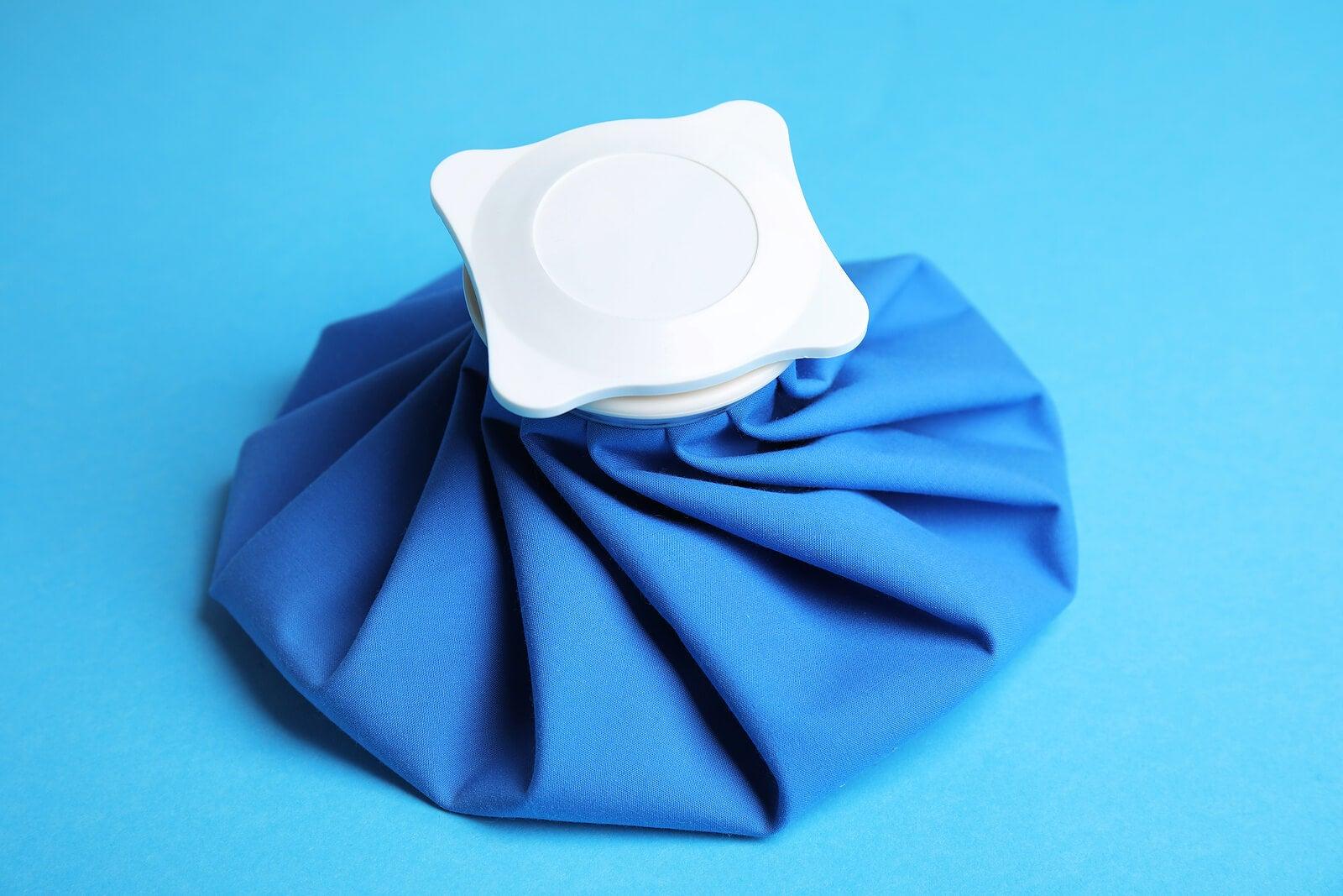 Las compresas frías y calientes contribuyen con el alivio de molestias varias.