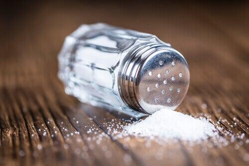 Frasco con sal