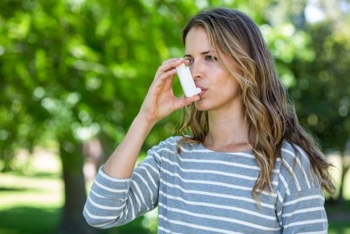 ¿Es posible controlar el asma y aliviar sus síntomas?