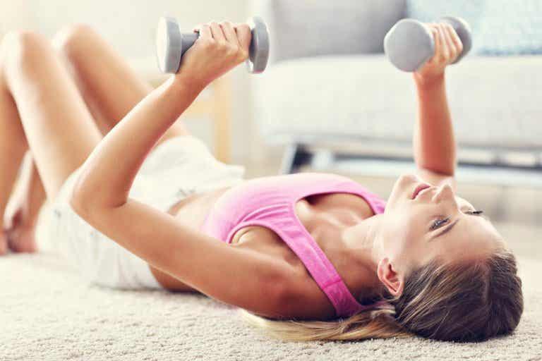 Los mejores ejercicios integrales con pesas