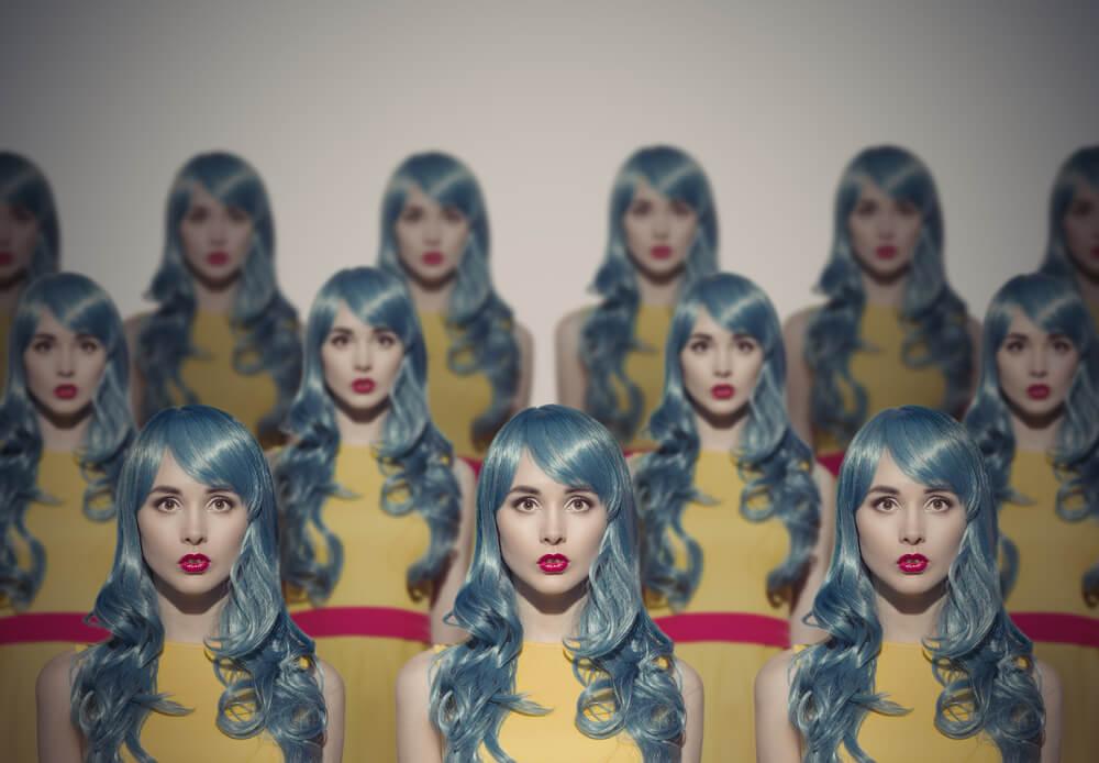 Mujeres clonadas