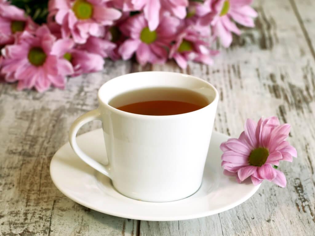 Tónico de té verde con agua de rosas