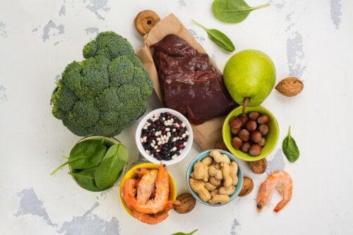 Deficiencia de vitaminas y alimentación