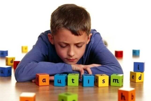 Las 5 señales de autismo más comunes