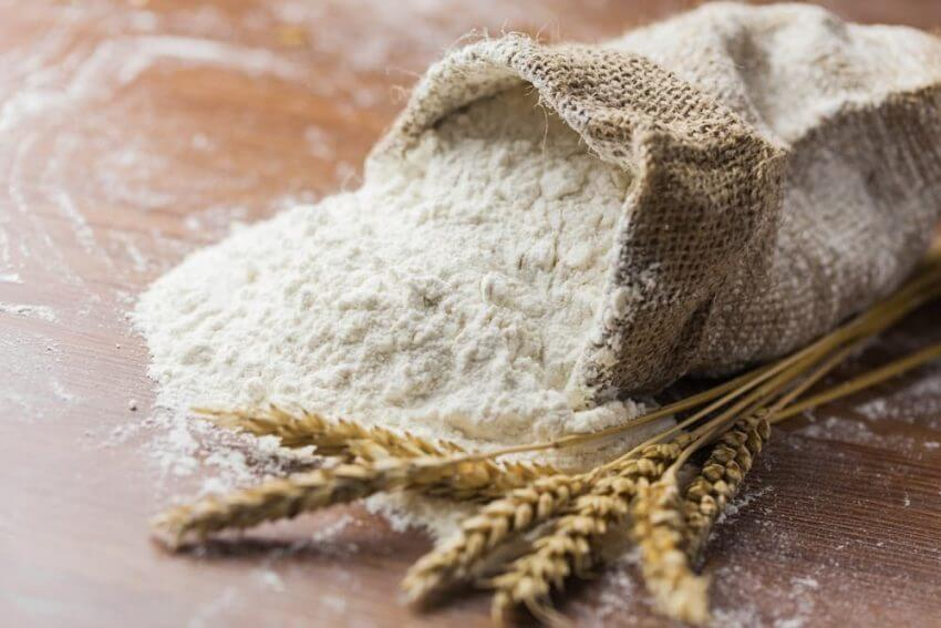 harina-refinada para hacer pan