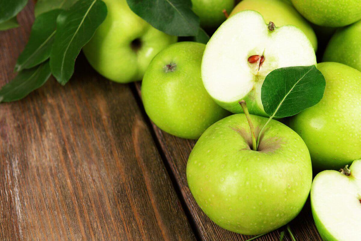 Manzanas frutas y verduras bajas en calorías