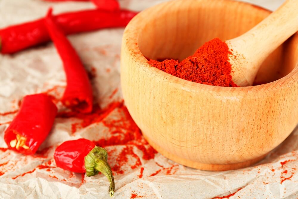 La pimienta de cayena es uno de los ingredientes de la loción antiinflamatoria para músculos y articulaciones