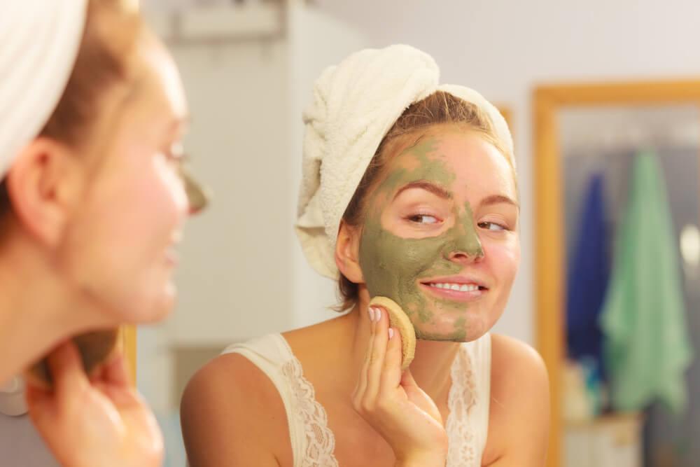 4 mascarillas con arcilla para eliminar el acné — Mejor con Salud 1efe05b3e554