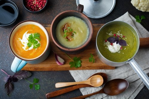 4 sopas detox para desintoxicar tu cuerpo de forma deliciosa