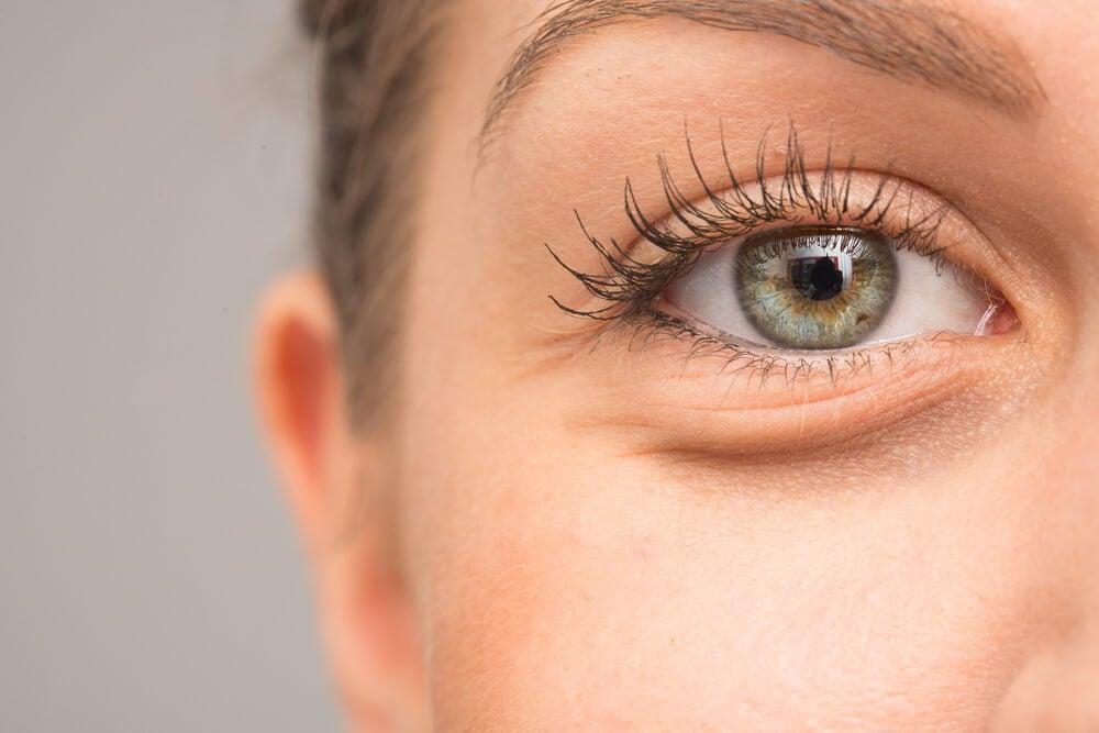 7 razones por las que se pueden hinchar los ojos