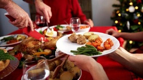 Comer--en-casa-ayuda-a-controlar-que-ingerimos