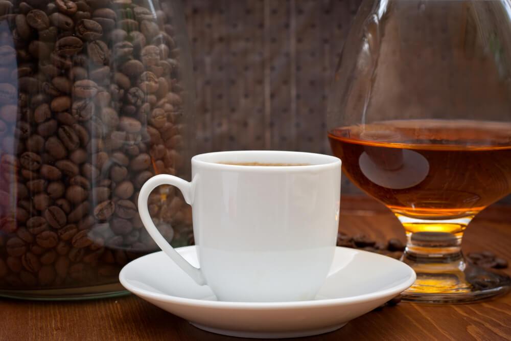 Regula la cantidad de alcohol y café que consumes