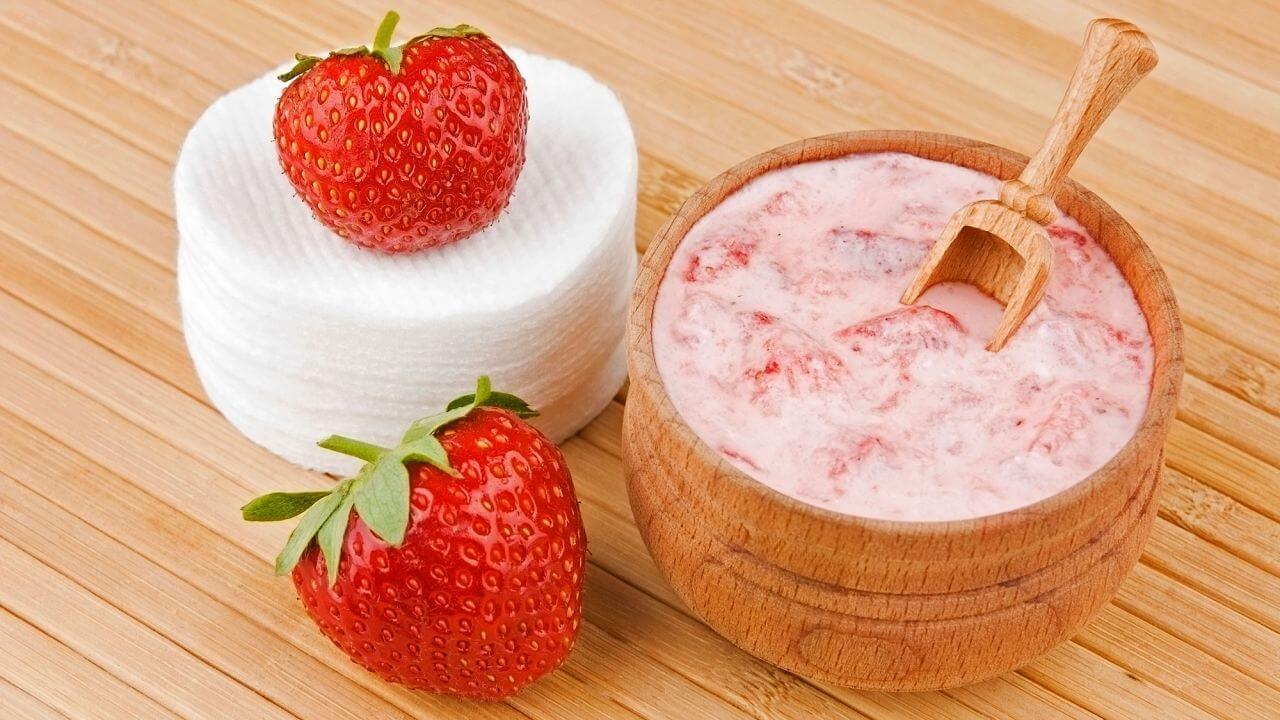 Mascarillas caseras a base de fresas