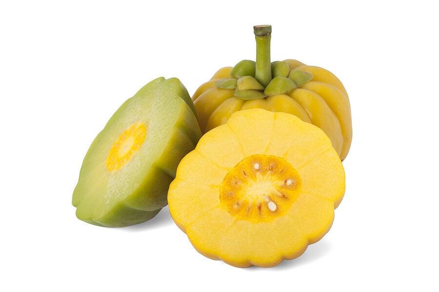 Garcinia, una fruta que apoya la pérdida de peso.
