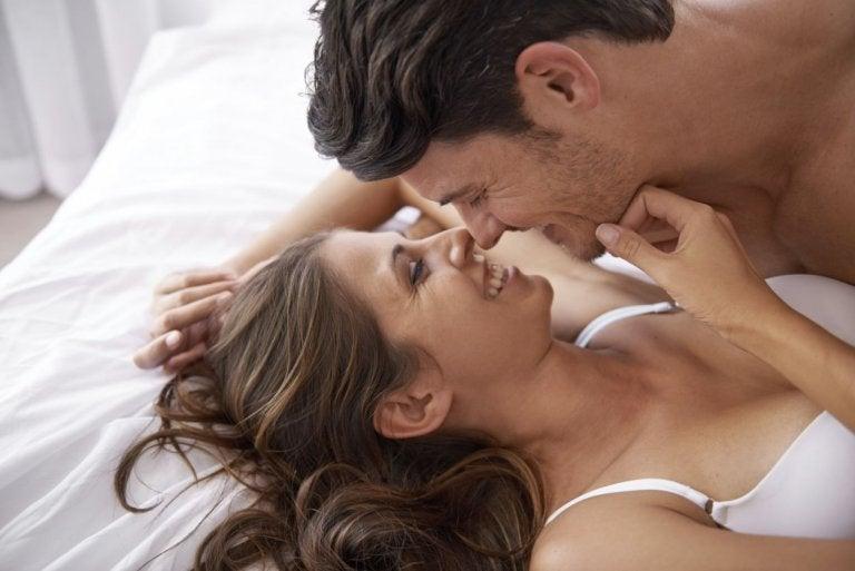 ¿Cómo estimular los pezones de la mujer?