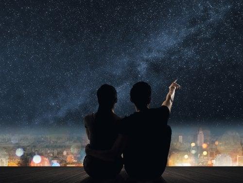 Viajaré hacia esa estrella contigo o sin ti