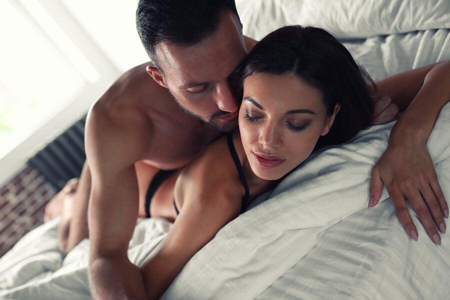 posiciones sexuales placenteras para él