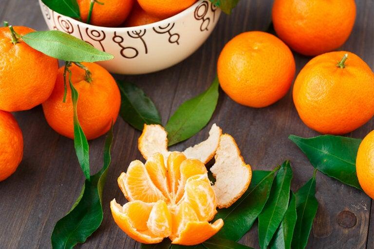 Cómo hacer una infusión de cáscara de mandarina, valeriana y manzanilla para calmar los nervios