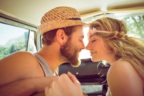 Los 5 pasos previos a tener una relación abierta