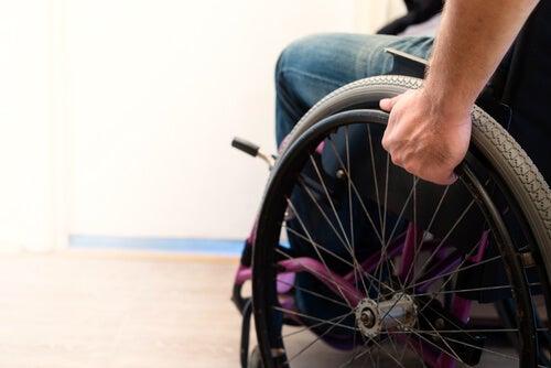 Cuáles son las consecuencias de la paraplejia